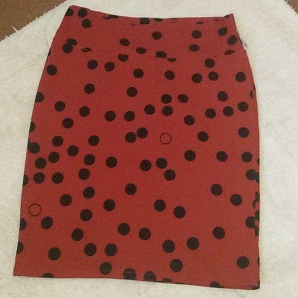 🔴6/$15 Lularoe lady bug skirt